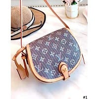 LV Louis Vuitton 2019 new women's wild saddle bag shoulder bag #1