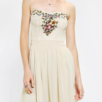 Urban Outfitters - Kimchi Blue Needlepoint Strapless Dress