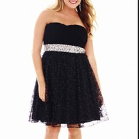 Strapless black homecoming/Formal dress size 14/15