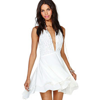 White Halter Deep V-Neck Lace Backless Swing  Dress