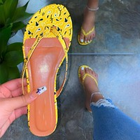 Women Flip Flops Beach Clip Toe Slippers Casual Ladies Flat Shoes Female Soft Pu Leather Flower Print Cute Sandals