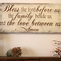 Bless The Food Before Us Wood Kitchen Sign Dining Room Sign Pallet Wood Sign Rustic Chic Kitchen Shabby Chic Kitchen Vintage Wood Decor