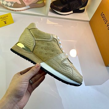 lv louis vuitton womans mens 2020 new fashion casual shoes sneaker sport running shoes 250