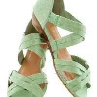 Fresh Pick Wedge in Honeydew | Mod Retro Vintage Sandals | ModCloth.com