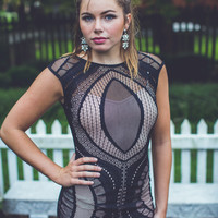 WEB EXCLUSIVE: Cut-Out Bodycon Dress in Black