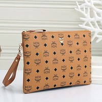 MCM Hot Sale Classic Clutch, Coin Purse, Mobile Phone Bag, Cosmetic Bag, Fashion Ladies Clutch