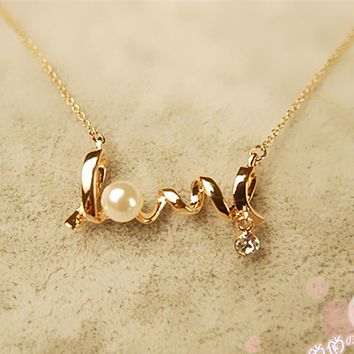 Women LOVE Letters Simulated Pearls Crystal Pendant And Chain
