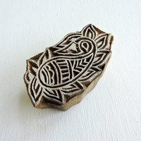 Paisley Stamp, Hand Carved Indian Printing Block, Flower Stamp, Wooden Stamp from India, Mehndi Henna Tattoo Stamp, Textile Clay Pottery