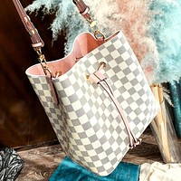 LV 2019 new high quality female models wild fashion shoulder bag handbag white check+pink
