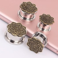 1Pair Stainless Steel Antique Bronze Flower Ear Plugs and Tunnel Piercing Ear Expander Stretcher Flesh Tunnel Women Body Jewelry