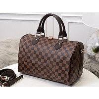 LV popular fashion full-print collision color single-shoulder bag for men and women Coffee lattice