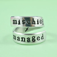 [♡064] mischief managed - Hand Stamped Spiral Ring, Harry Potter Inspired Ring