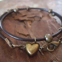 WILD HEART leather wrap bracelet  with stout heart by AsaiBolivien 9,90 $