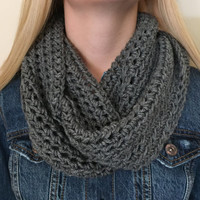 Chunky Infinity Scarf in Heather Grey, Thick Crochet Bulky Winter Scarf, Loop Scarf, Circle Scarf