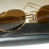 CIRCA 1980's VINTAGE B&L RAY BAN B15 GP WIRE SLEEK OVAL AVIATOR SUNGLASSES B-NEW