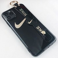 NIKE New fashion letter hook print couple wrist band protective cover phone case Black