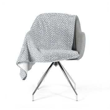 "Project M ""Hand Knit Grey"" Gray White Digital Fleece Throw Blanket"