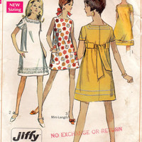 Simplicity 7659 Sewing Pattern 60s Retro Mod Go Go Micro Mini Dress Baby Doll Beginner Level A-line Square Neckline Sleeveless Bust 31