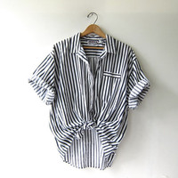 Vintage black and white top. Oversized boxy blouse. Optical Shirt. Short sleeved button down shirt