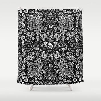 Shower Curtain 'Black and white floral'