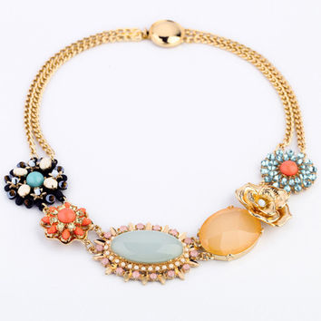 Lovely Statement Collar Necklace