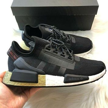 Adidas Originals Boost NMD_V2 flying woven series men and women all-match casual sports running shoes