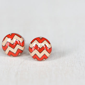Chevron Striped Post Earrings in Red and Nude