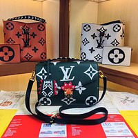 LV Louis Vuitton WOMEN'S LEATHER CRAFTY METIS HANDBAG SHOULDER BAG