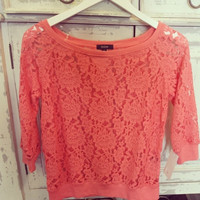 LUXE LACE CORAL TOP