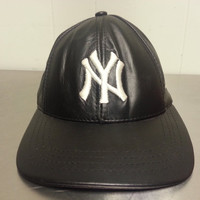 Vintage 90's New York Yankees Leather Strapback MLB Baseball Dad Hat High Quality Embroidery