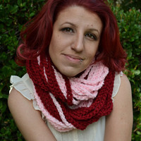 Stawberry smoothie chunky crocheted loop infinity scarf, cowl, chain necklace