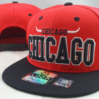 NEW VINTAGE CHICAGO FLAT BILL SNAPBACK CAP 3D EMBROIDERY CHICAGO BULLS