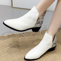 The new style is a hot seller with thick and snake-striped one-piece boots