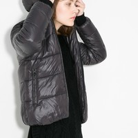 Foldable water-repellent jacket