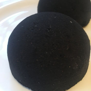 Improved recipe!  Sale!!! Black Abyss Black Bath bomb!  Blacker water, less residue!  4.5 ounces