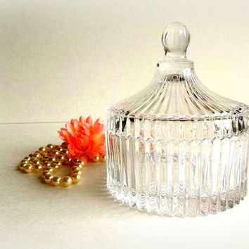 Vintage Ribbed Glass Trinket or Powder Box, pressed glass w lid, round clear glass candy dish, vanity dresser item Cottage Shabby Chic