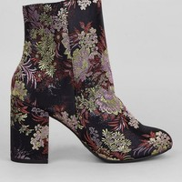 Black Floral Brocade Heeled Boots | New Look
