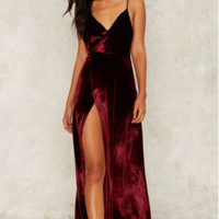 Velvet Cross Strap Back Pleated Maxi Dress B0016359