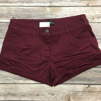 Simply Perfect Shorts: Burgundy