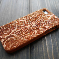 Cherry Wood Mayan Aztec Calendar iPhone 5 5s Case Cover , Wood Phone Case for iPhone 5 5s , Personalized Wood iPhone 5 5s Case Holder , Gift
