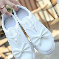 White Round Toe Flat Bow Lace-up Cute Shoes