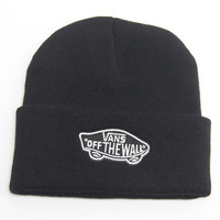 Vans Off The Wall Beanie Womens & Mens Warm Winter Knitted Cotton Unisex Black Cuffed Skully Hat