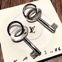 LV popular casual pendant for men and women fashion lettering pendant