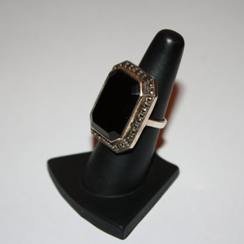 Large Faced Cocktail Ring Vintage Sterling Silver and Hematite Chunky Ring Size 6.5- free ship US
