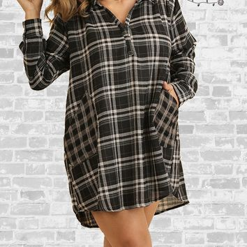 Contrast Pocket Plaid Dress - Black
