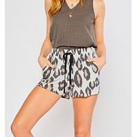 Silly Me Shorts - Grey