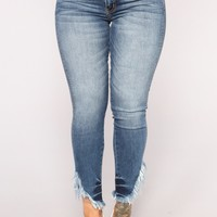 Line In Sand Ankle Jeans - Medium Blue Wash