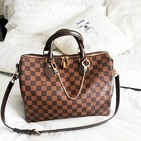 LV Tide brand men and women personality wild travel bag large capacity handbag