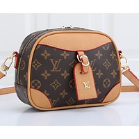 LV  hot seller with a single shoulder bag