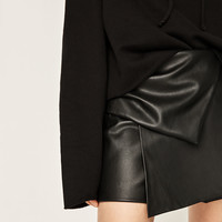 FAUX LEATHER BERMUDA SHORTS